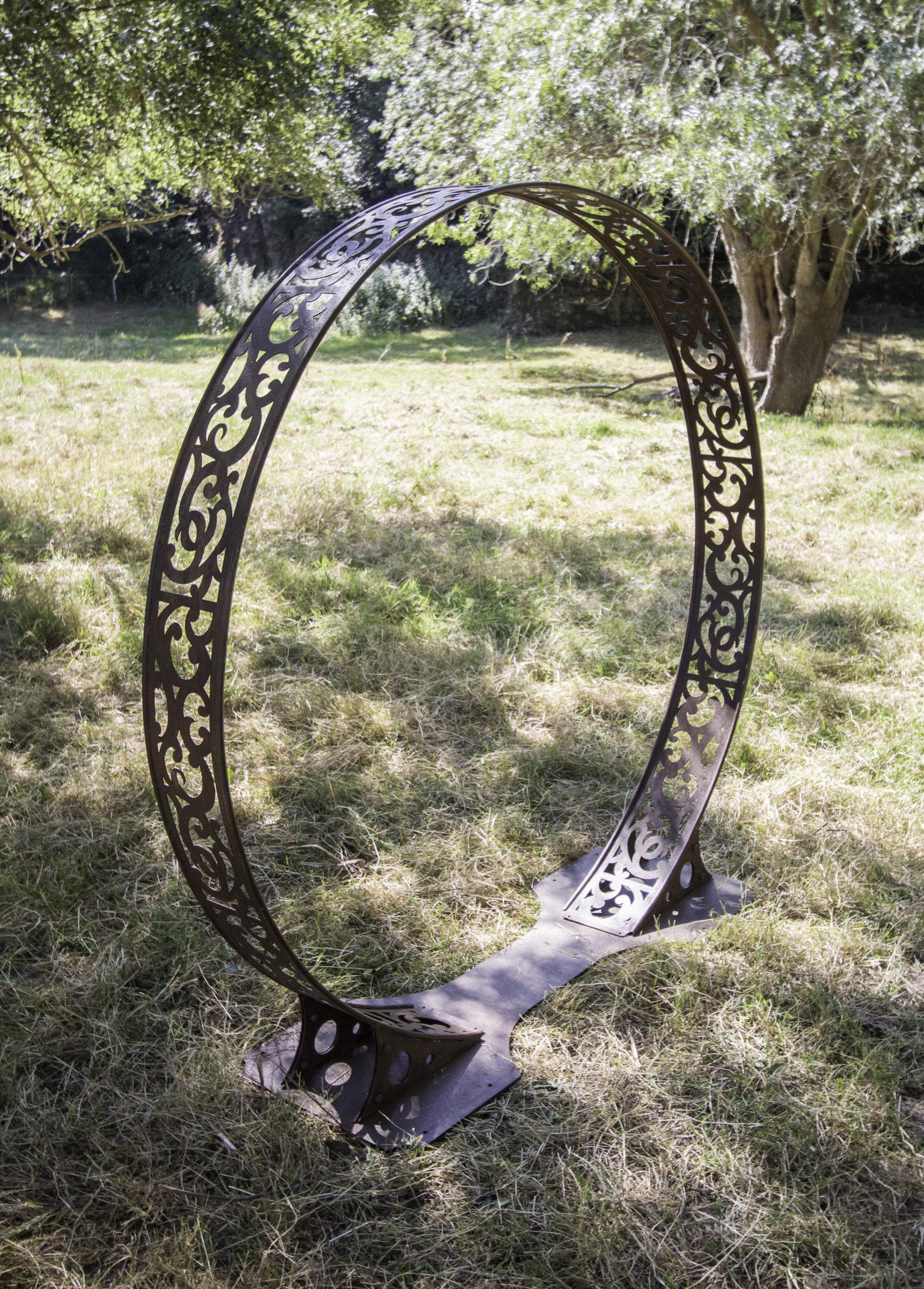 Arche en métal pour décoration de mariage